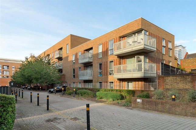 2 bed flat for sale in Chadwick House, 1 Latchmere Street, London SW11
