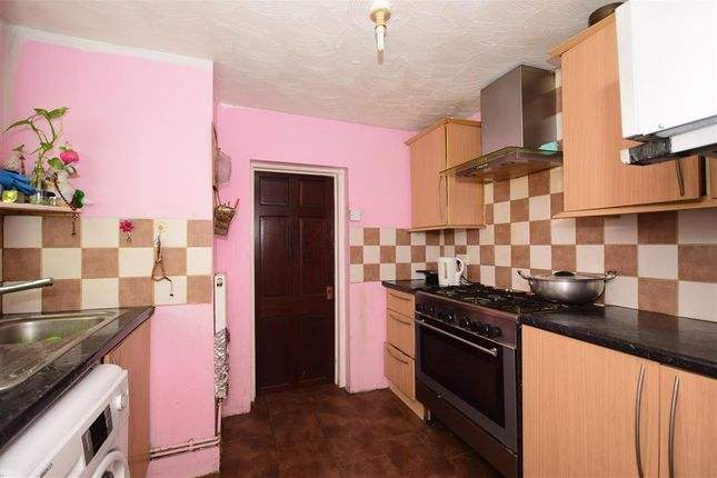 Thumbnail Terraced house for sale in Lincoln Road, Forest Gate, London