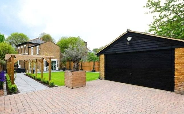 Thumbnail Detached house for sale in Essex Road, Enfield