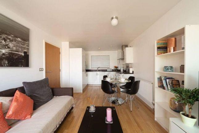 Thumbnail Flat to rent in Enid Street, Bermondsey, Southwark, London