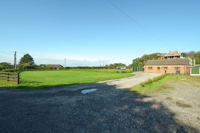 Thumbnail Barn conversion for sale in Lakecroft Drive, Meir Heath