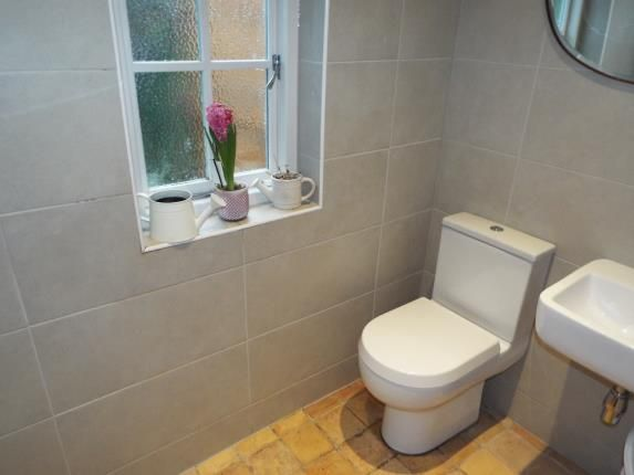 Wet Room of Highfield, Southampton, Hampshire SO17