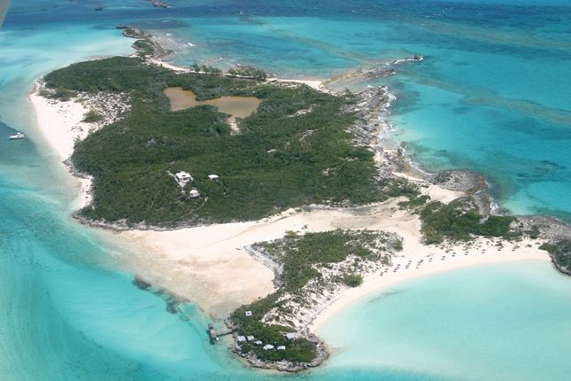 Land for sale in Saddle Back Cay, Exuma Cays, The Bahamas