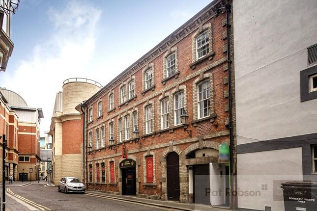 Flat to rent in Low Friar Street, Newcastle Upon Tyne