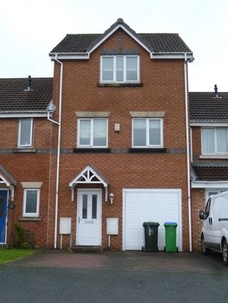 Thumbnail Town house to rent in For Rent, Braithwaite Road, Middleton