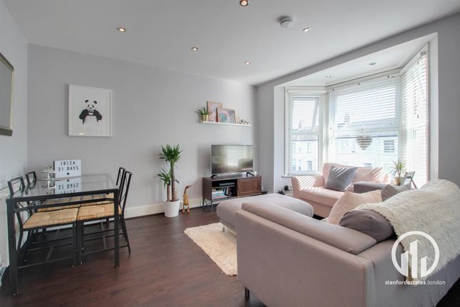 Thumbnail Flat to rent in Wellmeadow Road, London