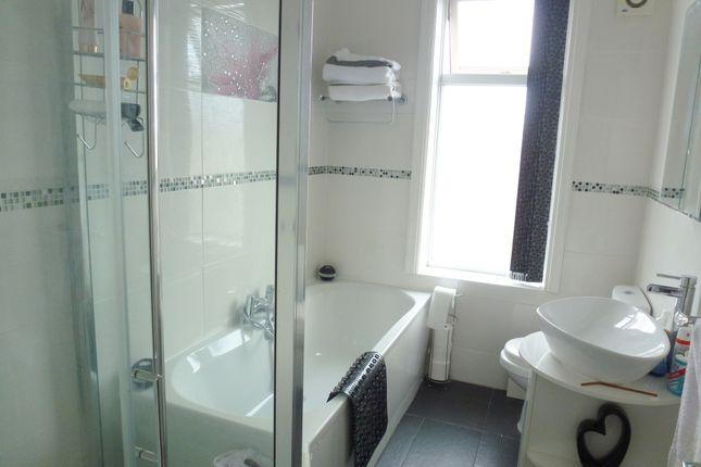 Ff Bathroom of Balcarres Road, Leyland PR25
