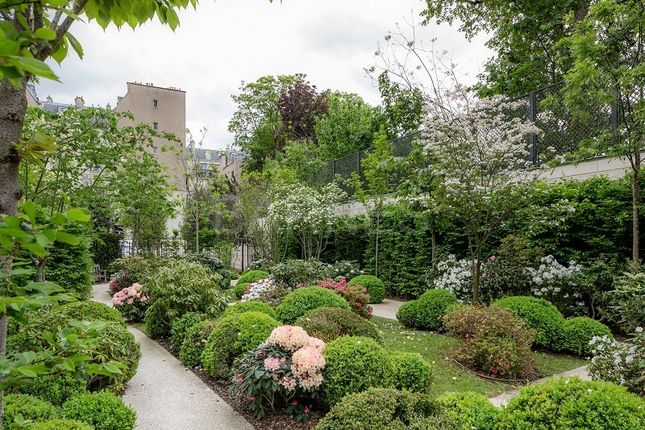 Thumbnail Property for sale in Paris, France