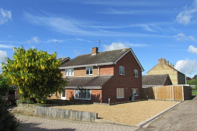 Thumbnail Detached house for sale in New Walk, Shillington, Hitchin, Bedfordshire