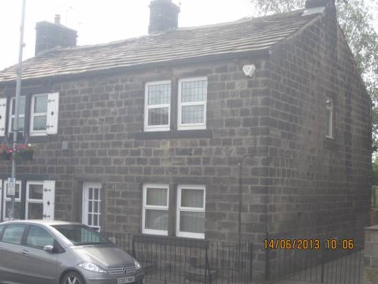 Thumbnail Cottage to rent in Station Road, Horsforth, Leeds