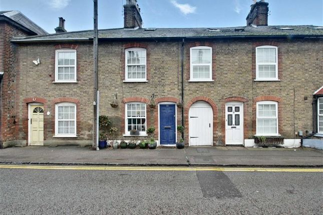 Thumbnail Terraced house for sale in High Street, Northchurch, Berkhamsted