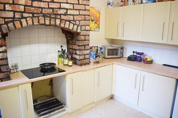 Thumbnail Terraced house to rent in Beech Grove, Manchester, Greater Manchester