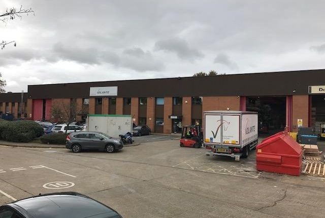 Thumbnail Industrial to let in Units 3 & 4, Fairfield Trade Park, Villiers Road, Kingston Upon Thames, Surrey