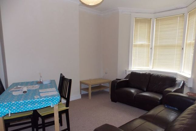 Thumbnail Property to rent in Stanley Road West, Bath