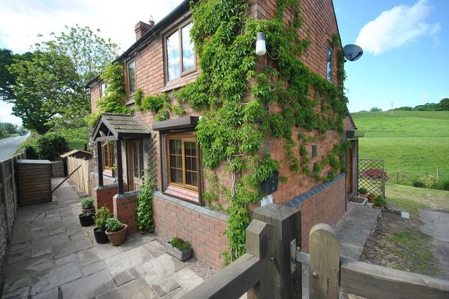 Thumbnail Cottage for sale in Croxton, Hanmer, Whitchurch