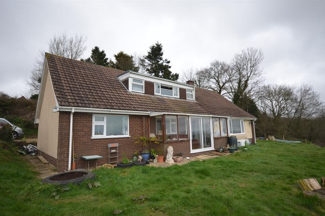 Thumbnail Bungalow for sale in Whitestone, Exeter