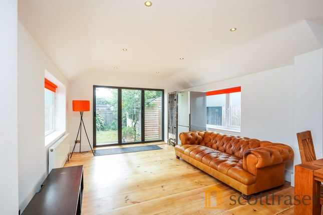5 bed semi-detached house to rent in London Road, Headington, Oxford OX3