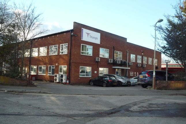 Thumbnail Industrial to let in Invincible Road, Farnborough