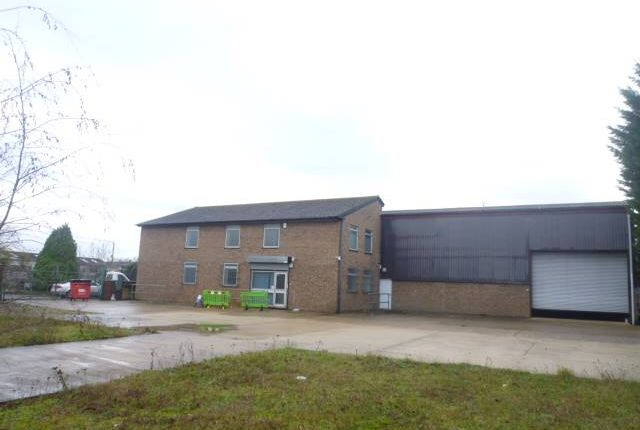 Thumbnail Warehouse for sale in Carterton Industrial Estate, Black Bourton Road, Carterton