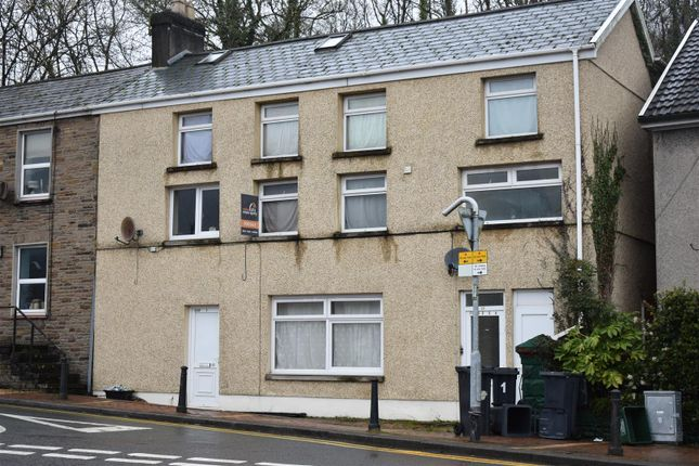 Thumbnail Flat for sale in Gurnos Road, Ystalyfera, Swansea