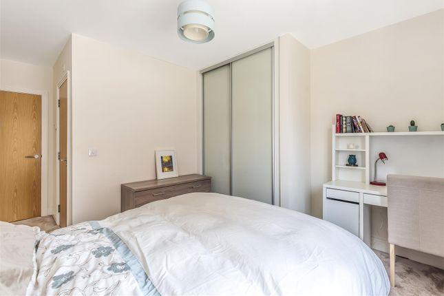 Lucas Court - Bedroom 2 (2)