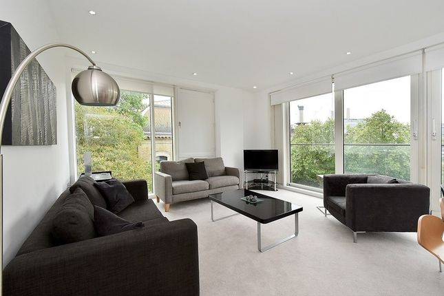 Thumbnail Flat to rent in Gatliff Road, Pimlico