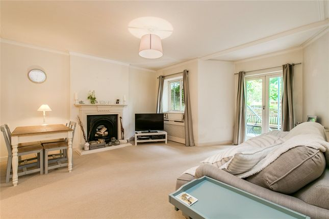 Thumbnail Flat to rent in The Barons, Twickenham