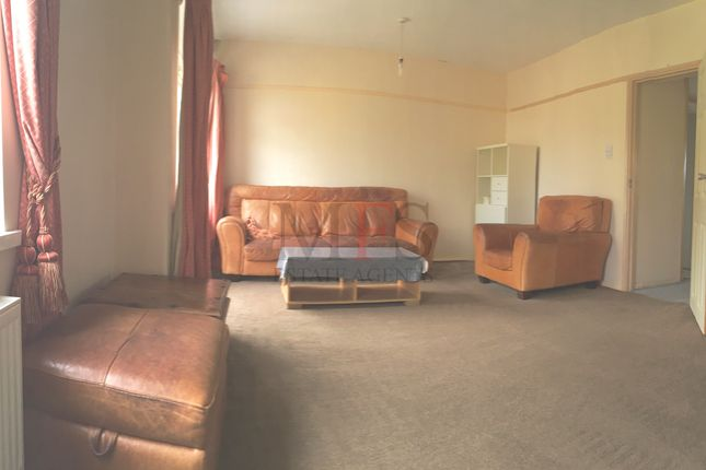 Thumbnail Flat to rent in Cranleigh Gardens, Southall