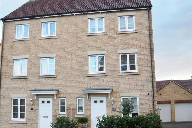 Thumbnail Semi-detached house for sale in Buzzard Road, Calne