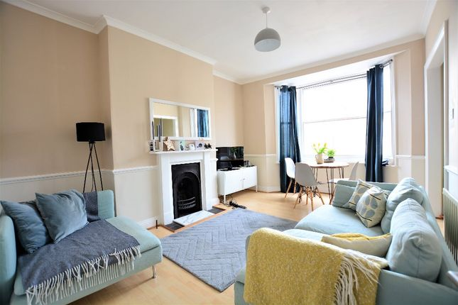 Thumbnail Maisonette to rent in York Road, Hove