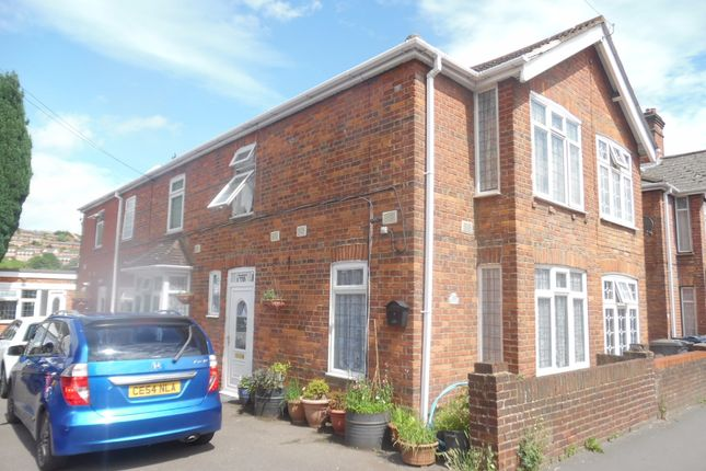 1 bed terraced house to rent in Green Street, High Wycombe HP11