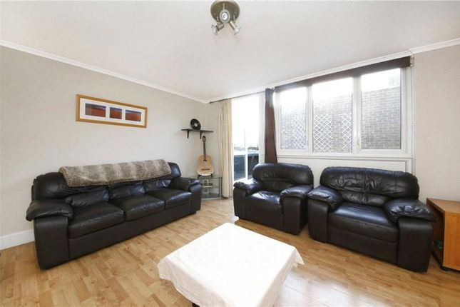 Thumbnail Property to rent in Andrews Walk, London