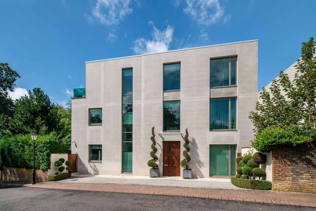 Thumbnail Detached house for sale in West Heath Road, London