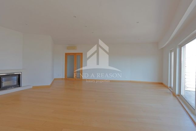 2 bed apartment for sale in Oeiras, 2780-271 Oeiras, Portugal