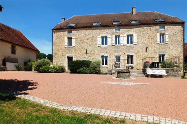 Thumbnail Equestrian property for sale in Bourgogne, Côte-D'or, Semur En Auxois