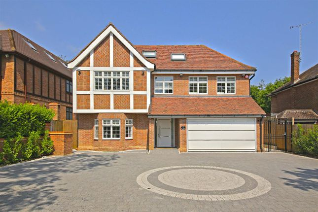 Thumbnail Property for sale in Williams Way, Radlett
