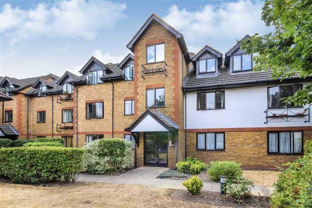 Thumbnail Flat to rent in Marksbury Avenue, Kew, Richmond