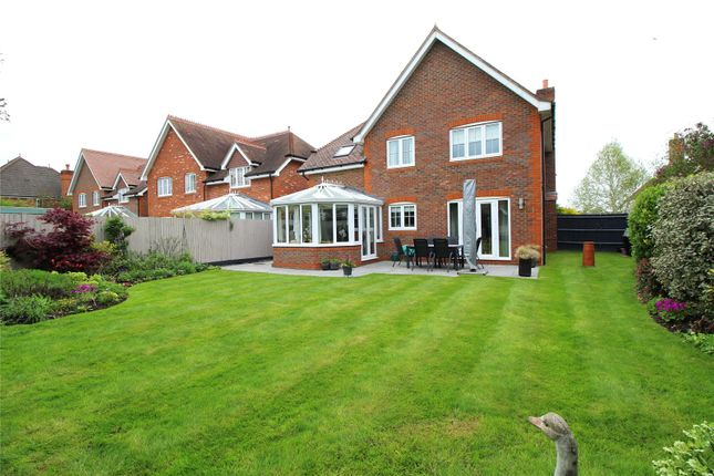 Picture No. 25 of Caribou Close, Woodley, Reading, Berkshire RG5