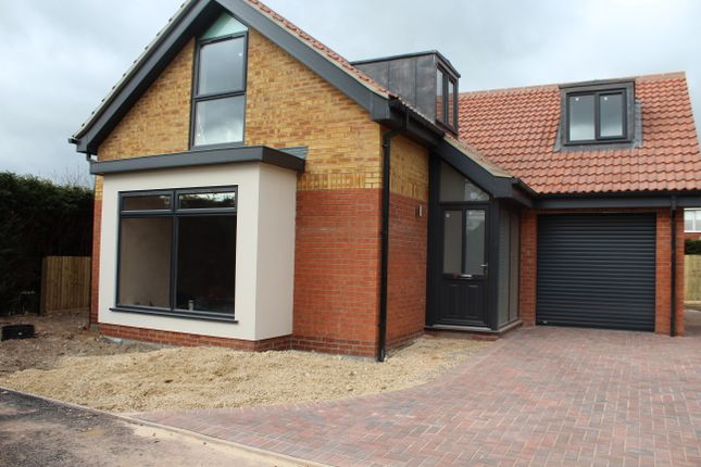 Thumbnail Detached house for sale in Stable Yard, High Street, Saxilby
