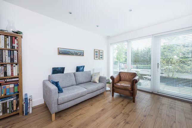 Thumbnail Flat to rent in Roebuck House, Roehampton Lane, London