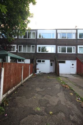 Thumbnail Town house to rent in Whitchurch Way, Halton Lodge, Runcorn