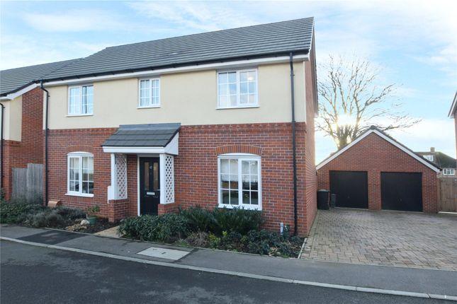 4 bed detached house to rent in Fraser Crescent, Watford, Hertfordshire WD25