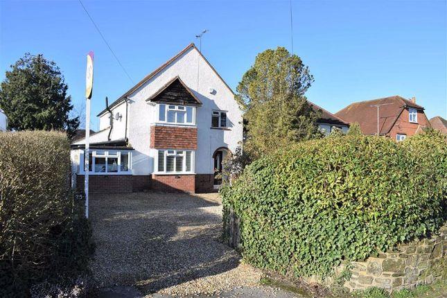 Thumbnail Detached house for sale in Green Lane, Farnham
