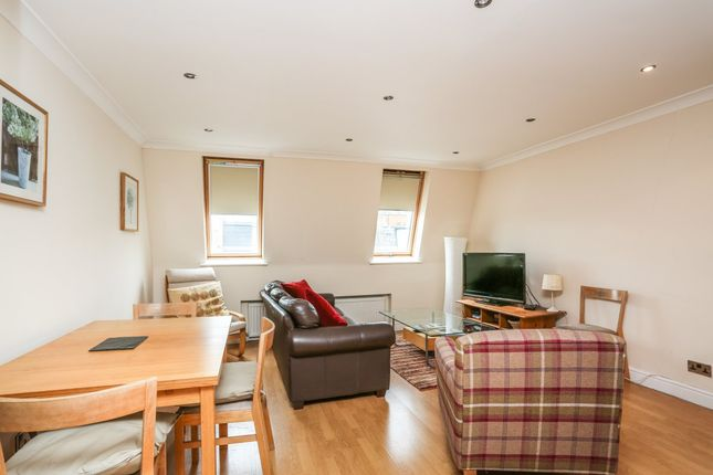 Thumbnail Flat to rent in Cortayne Road, London