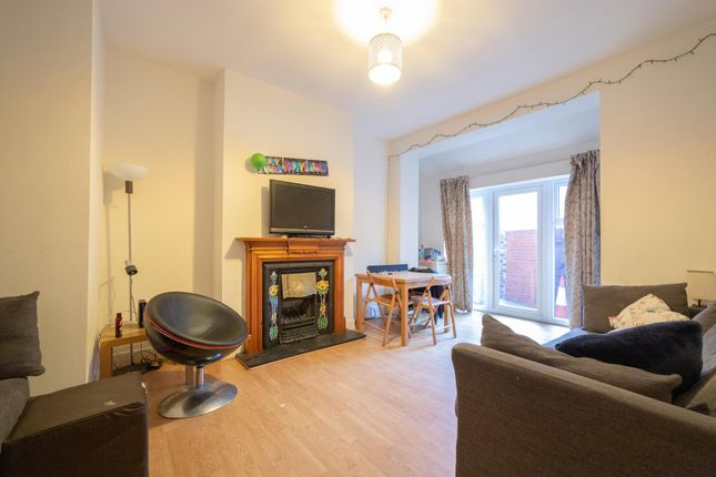 Thumbnail Terraced house to rent in Gladstone Terrace, Sandyford, Newcastle Upon Tyne