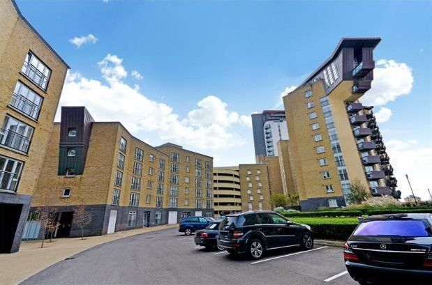 Thumbnail Flat to rent in Millenium Harbour E14, Canary Wharf,