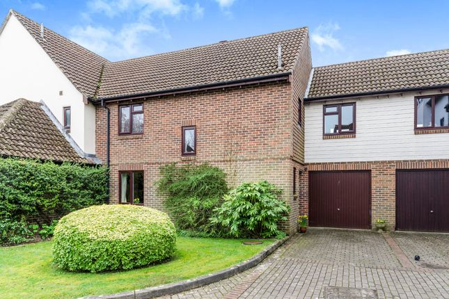 Thumbnail Terraced house for sale in Hyde Street, Winchester