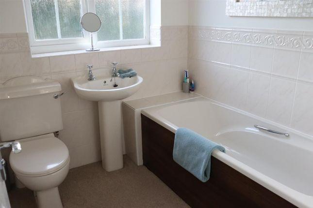 Bathroom of Kensington Way, Leeds LS10