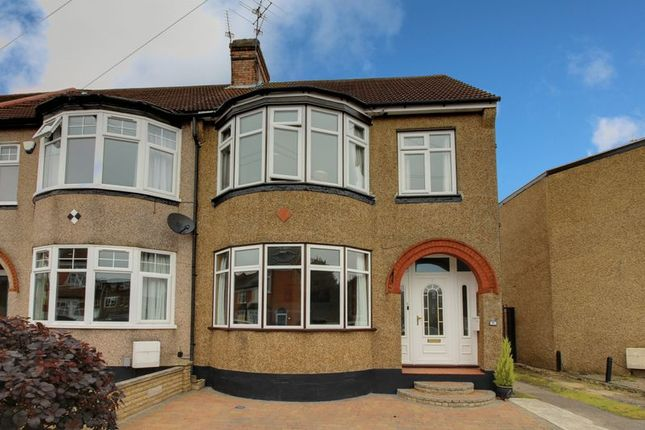 Thumbnail Terraced house for sale in Farr Road, Enfield