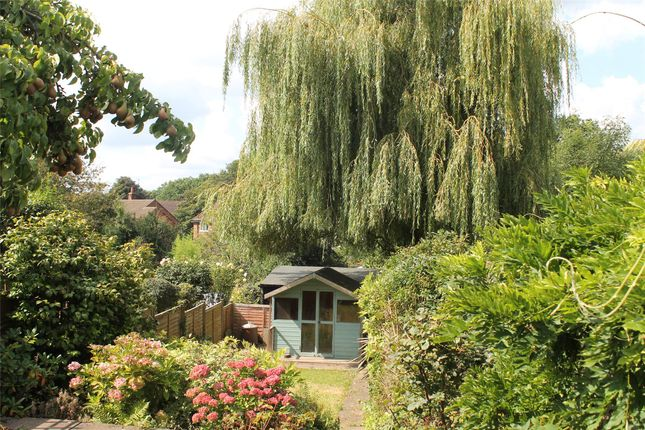 1 bed terraced house to rent in Royal Oak Cottages, Main Road, Crockham Hill, Edenbridge